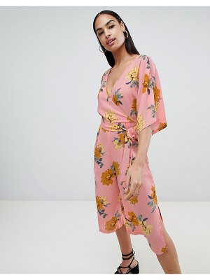 PrettyLittleThing kimono sleeve jumpsuit in pink floral