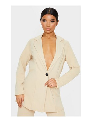PrettyLittleThing oversized fitted blazer