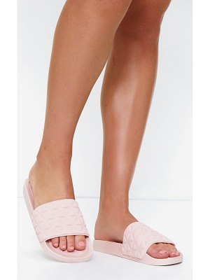 PrettyLittleThing quilted rubber sliders