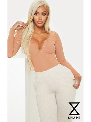 PrettyLittleThing shape ribbed long sleeve bodysuit