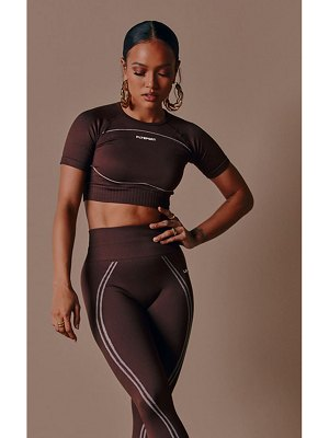 PrettyLittleThing sport seamless cropped tee