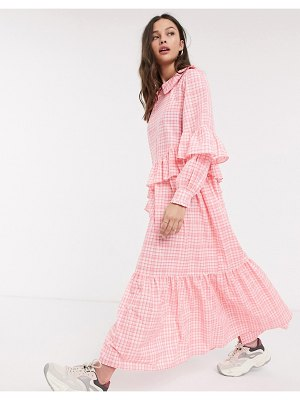 Résumé resume teagan check frill detail maxi dress in neon pink