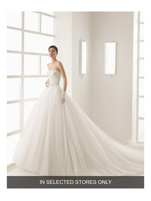 Rosa Clara olsen beaded lace & tulle strapless gown