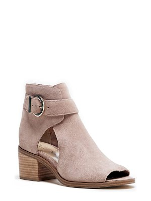 Sole Society tracy block heel sandal