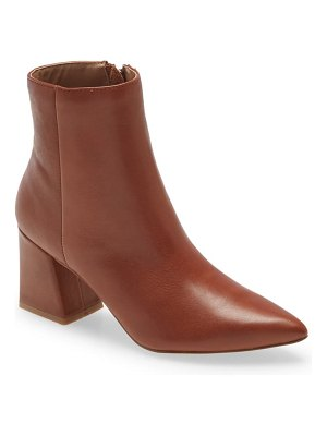 Steve Madden nix pointed toe bootie
