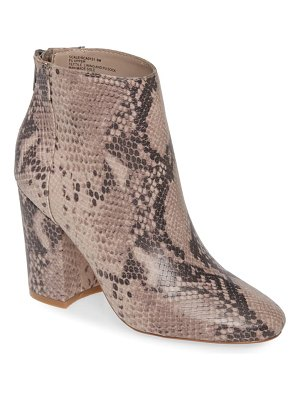 Steve Madden scale bootie
