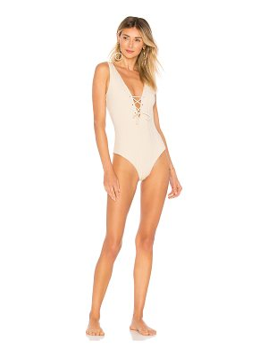 Tavik Roan One Piece