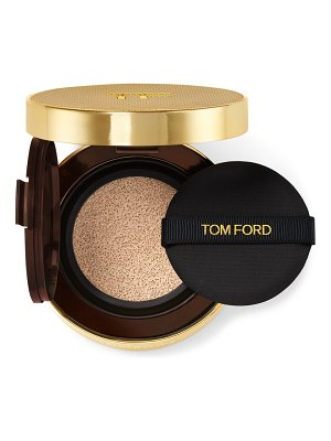Tom Ford shade and illuminate soft radiance foundation spf 45 cushion compact
