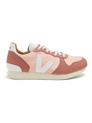 VEJA Holiday Bastille low-top trainers