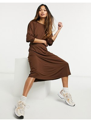 Vero Moda aware jersey midi dress with deep cuffs in chocolate-brown