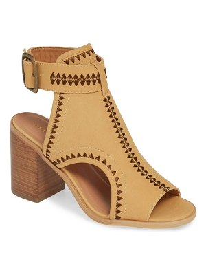Very Volatile yankee embroidered shield sandal