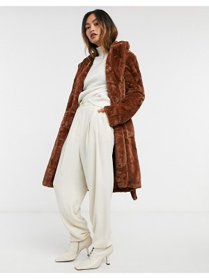 Vila faux fur coat with tie waist in brown