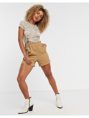 Vila safari shorts in tan
