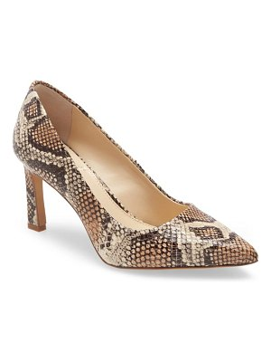 Vince Camuto retsie pointed toe pump