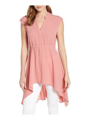 Vince Camuto split neck high/low blouse