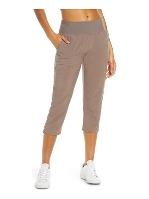 Zella desire recycled crop pants